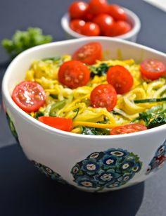 """Pure and Simple Nourishment : Simple Summer Zucchini and Tomato """"Pasta"""" (Paleo, SCD, GAPS, Gluten Free)"""