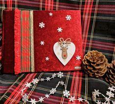 Χριστοθγεννιατικο βιβλιο ευχων ντυμενο με μπορντοκοκκινο βελουδο με θεμα Ρουντολφ. Τηλεφωνικες παραγγελιες 📲+306973390687 Gift Wrapping, Gifts, Paper Wrapping, Presents, Wrapping Gifts, Gifs, Gift Packaging, Favors, Wrap Gifts