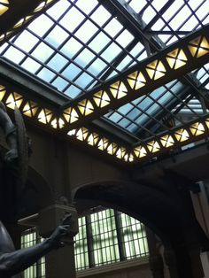 Musée d'Orsay-Stunning architectural view. Photo Julien Herpers. via blog.elzabdesign.com