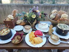 Corner de quesos en Boda en el Castillo del Buen Amor
