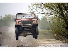 Land Rover Monthly  Please don't try this at home