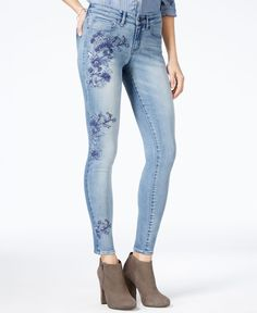 William Rast upgrades its perfect skinny jeans with sweet floral embroidery, for a trend-right vibe that's sure to turn heads. | Viscose/cotton/polyester/elastane | Machine washable | Imported | Mid r