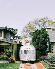 Does any place embrace #homeiswhereyouparkit quite like California? . Im on the train bound for Los Angeles. Two nights of uninterrupted sleep is on the agenda; anything else I see/do/eat is pure bonus. . . . #californiaaf #theprettycities #mytinyatlas #visitsd #sandiego #littlestoriesofmylife #airstreamlife #traveldeeper #cntraveler #flashesofdelight #prettylittletrips #suitcasetravels