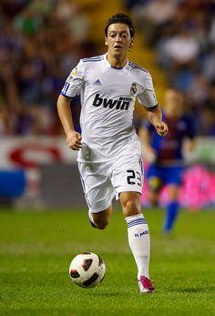 Mesut Ozil Photos: Levante UD v Real Madrid - La Liga