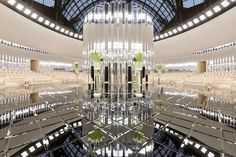 Decor of the ChanelHauteCouture show. #HC17 Chanel Spring Summer 2017, Hall Mirrors, Chanel Fashion Show, Gagosian Gallery, Art Deco, Chanel Couture, Grand Palais, Wedding Decorations, Lily