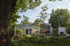 An Accessible Home Promotes a Lifetime of Well-Being For the Whole Family - Dwell