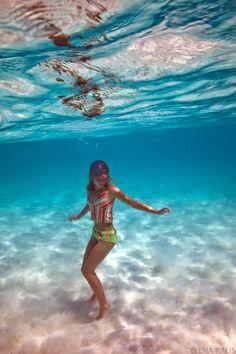 underwater - Elena Kalis