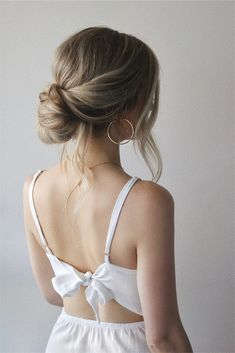 Pretty Mermaid-Esque Updo - 50 Half Up Half Down Hairstyles for Everyday and Party Looks - The Trending Hairstyle Down Hairstyles, Braided Hairstyles, Updo Hairstyle, Prom Hairstyles, Bob Updo, African Hairstyles, Updo Casual, Simple Updo Tutorial, Hair Updo Tutorial