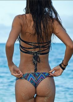 L*Space // Antigua Black Reversible Low Down Bikini Bottom #bikinibottoms #lspace #beachbum