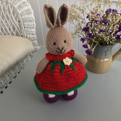 Strawberry Blossom Dress ... #playatlifefiberarts yarn ❤️