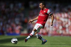 Santi Cazorla Photos - Santi Cazorla of Arsenal in action during the Barclays Premier League match between Arsenal and Sunderland at Emirates Stadium on August 2012 in London, England. - Arsenal v Sunderland - Premier League Arsenal Players, Arsenal Fc, Arsenal Football, Arsenal Pictures, Uefa European Championship, Champions League Football, Man Of The Match, Stars, Arsenal F.c.