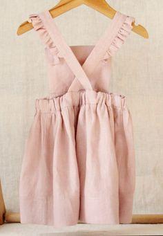 Handmade Linen Pinafore Dress | BloomingKiwi on Etsy #KidsFashionDress