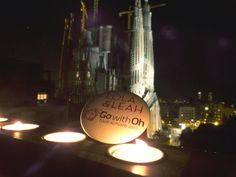'Go with Oh' gets up close and personal with the Sagrada Família!    https://www.facebook.com/photo.php?fbid=558531400827768=pb.382262905121286.-2207520000.1356595248=3