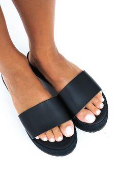 Black platform sandals greek platforms slip on sandals Gladiator Sandals Outfit, Boho Sandals, Black Leather Shoes, Leather Sandals, Black Platform Sandals, Summer Wedges, Beautiful Sandals, Ancient Greek Sandals, Platforms