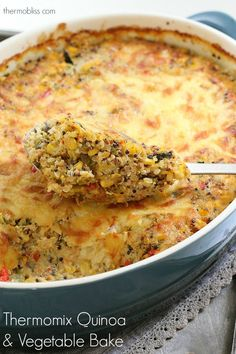 This Thermomix Quinoa & Vegetable Bake is the perfect way to smuggle a few extra veggies into your diet. Creamy, cheesy and delicious! Vegetable Quinoa, Vegetable Casserole, Vegetable Bake, Soup Recipes, Vegetarian Recipes, Recipies, Savoury Recipes, Healthy Recipes, Baked Vegetables