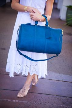 Love the blue travel bag!