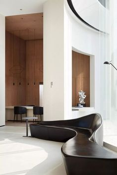 Plywood Furniture, Design Furniture, Sofa Furniture, Lobby Furniture, Hotel Lobby Design, Lobby Interior, Interior Architecture, Commercial Interiors, Commercial Design