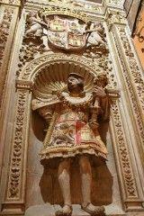 Cathédrale de Tolède - Héraut à l'entrée de la chapelle des Nouveaux Rois