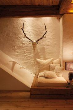 San Lorenzo Mountain Lodge South Tyrol texture