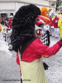 Le Carnaval de Mulhouse Sites Touristiques, Beignets, Carnival, Family Vacations, Queen, Travel, Donuts, Fritters