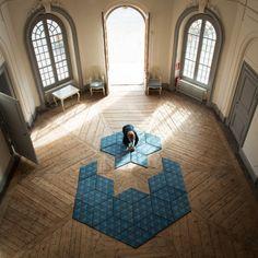 Jigsaw Puzzle Rugs by Ingrid Külper for Mattahari. Modular carpet design to create lots of shapes.