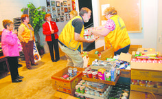 Lions in Kentucky Feed the Hungry - http://lionsclubs.org/blog/2012/12/20/lions-in-kentucky-feed-the-hungry/