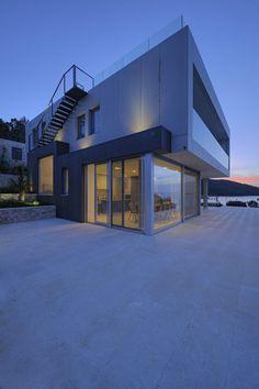 Za Arhitekturu designed the House MY for a family in Korcula, Croatia.