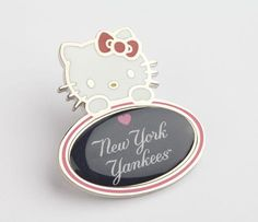 Hello Kitty MLB Pin: NY Yankees