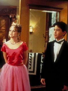 10 Things I Hate About You - one of my all-time favorite movies. Look how young JGL was here, too!