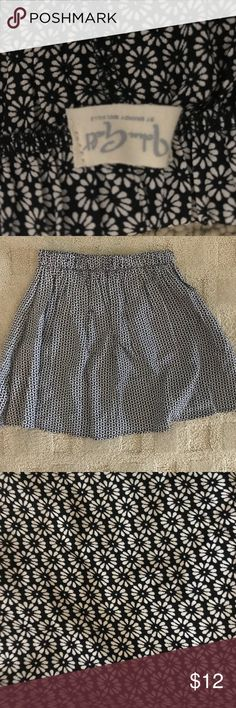 """Brandy Melville daisy skirt Brandy Melville skirt. It's sized """"one size"""" but I would definitely compare it to an extra small-small. Worn once. In new condition. Brandy Melville Skirts Circle & Skater"""