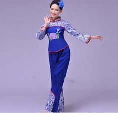 Wholesale Chinese Tradition Clothing Women Red National Costume Clothing Drum Yangko Fan Dance Chorus Costumes Holiday clothes