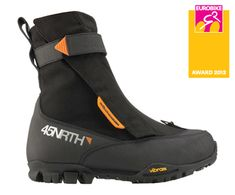 Wölvhammer Cycling Boots. Must have for deep winter riding