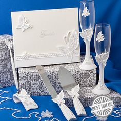 Butterfly Themed Wedding Day Accessory Set features all the must have accessories for your butterfly theme wedding. Butterfly Accessory Set includes two toasting flutes, butterfly cake server, butterfly guest book and pen. Wedding Guest Book, Wedding Sets, Wedding Favors, Wedding Styles, Wedding Reception, Party Favors, Our Wedding, Dream Wedding, Wedding Decorations