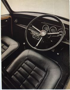 Mini Front seats and dashboard Mini Cooper Classic, Classic Mini, Old Mini Cooper, Classic Cars, Mini Clubman, Mini Cooper Interior, Mini Morris, Custom Car Interior, Minis