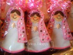 Galletas Virgencita Plis para el Bautizo de Verónica de acuerdo a las invitaciones