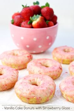 Vanilla Cake Donuts with Strawberry Glaze are perfect for breakfast or a snack! They're easy to make and the glaze is made with fresh strawberries! So yummy! Baked Donut Recipes, Baked Donuts, Doughnuts, Strawberry Glaze, Strawberry Recipes, Fig Cake, Homemade Donuts, Breakfast For Kids, Breakfast Ideas
