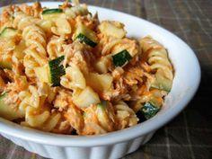 Salade de macaronis au thon Salad Bar, Fish And Seafood, Macaronis, Buffet, Salads, Pasta, Lunch, Fruit, Cooking