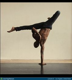 handstand (wow!) #yoga