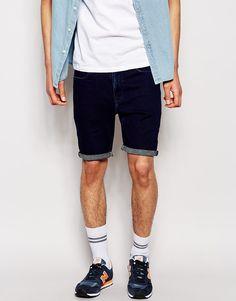 €35, Dunkelblaue Jeansshorts von Asos. Online-Shop: Asos. Klicken Sie hier für mehr Informationen: https://lookastic.com/men/shop_items/211210/redirect