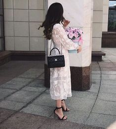 Luxe Life, Girly Pictures, Photos Tumblr, Stylish Girl, Fashion Lookbook, Model Photos, Love Flowers, Types Of Fashion Styles, Looking For Women