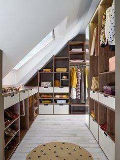 Attic Bedroom Storage, Attic Master Bedroom, Mezzanine Bedroom, Attic Bedroom Designs, Loft Storage, Loft Room, Bedroom Loft, Attic Spaces, Attic Rooms