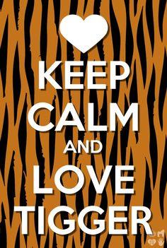Keep Calm and Love Tigger Tigger And Pooh, Pooh Bear, Eeyore, Disney Winnie The Pooh, Disney Fun, Disney Magic, Keep Calm Quotes, Crazy Girls, Disney Memes