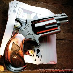 Customized and ported pocket revolver offers stylish self-defense on the go! Weapons Guns, Guns And Ammo, North American Arms, Pocket Pistol, Custom Guns, After Life, Cool Guns, Jack Black, Self Defense