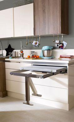 Table rétractable stratifié Aluminium Mat x cm, mm image zoomée Kitchen Room Design, Kitchen Cabinet Design, Interior Design Kitchen, Kitchen Decor, Kitchen Cabinets, Table Retractable, Small Kitchen Layouts, Diy Kitchen Storage, Cuisines Design