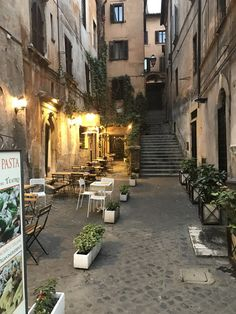 Rome, Italy ~ Accommodations & First Steps!