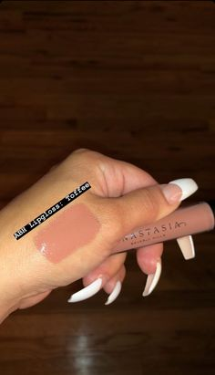 Makeup Looks Dry Under Eyes rather Makeup Revolution other Makeup Meaning to Mak. Make-up si Eye Makeup Brushes, Makeup Dupes, Skin Makeup, Beauty Makeup, Makeup Products, Beauty Products, Makeup Brands, Beauty Care, Beauty Skin
