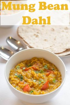This Mung Bean (Moong Dall) Dahl is an absolutely delicious curry recipe. Vegan and packed with beautiful tasting spices that tantalise the taste buds, it's a perfect quick healthy meal coming in at only 259 calories per serving. Curry Recipes, Vegan Recipes, Cooking Recipes, Dahl Recipe, Low Fat Cooking, Lentil Dishes, Legumes Recipe, Quick Healthy Meals, Healthy Life