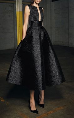 Evening Dresses 2017 New Design A-line White And Black V-Neck Sleeveless Backless Tea-length Sashes Party Eveing Dress Prom Dresses 2017 High Quality Dress Fuchsi China Dress Up Plain Dres Cheap Dresses Georgette Online Beautiful Gowns, Beautiful Outfits, Evening Dresses, Prom Dresses, Formal Dresses, Dresses Dresses, Formal Shoes, Couture Dresses, Fall Dresses