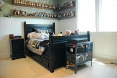 There are often too many fancy bedroom sets for boys' room available in furniture store making even parents do not know which to pick. Do not let those fanciness steal your heart right away. Enjoy them yet still strive for your criteria: bedroom sets for your boy' room should be first kid proof, functional and then it can be fancy and fun