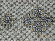Embroidery Stitches, Embroidery Designs, Stitch Design, Hgtv, Needlepoint, Cross Stitch Patterns, Diy And Crafts, Applique, Quilts
